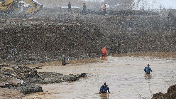 Задержаны руководители рудника, где при прорыве дамбы погибли 15 рабочих