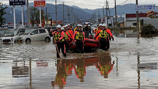 Число жертв тайфуна «Хагибис» в Японии выросло до 40 человек