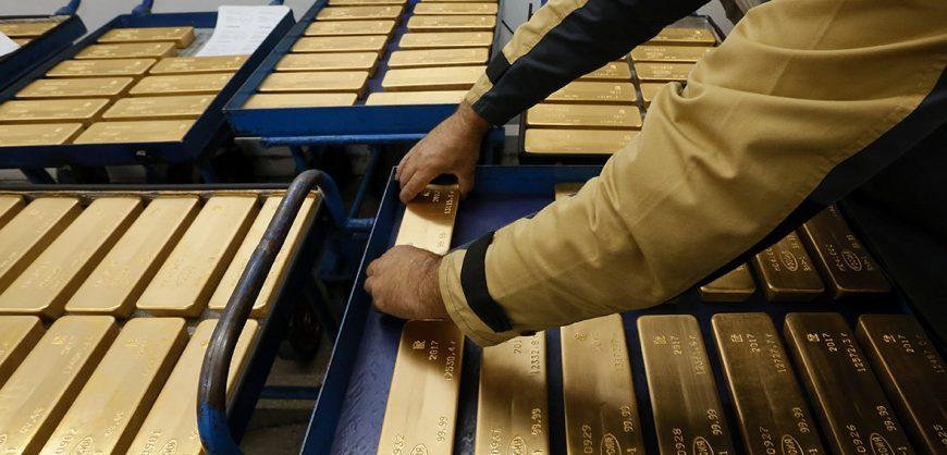 Силуанов: бюджет РФ выдержит падение цен на нефть за счет золотых резервов