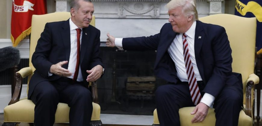 Трамп предложил Эрдогану $100 млрд и «обходной путь» по санкциям из-за С-400