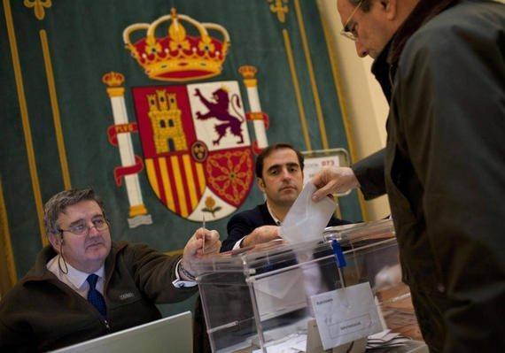 В Испании стартовали досрочные парламентские выборы