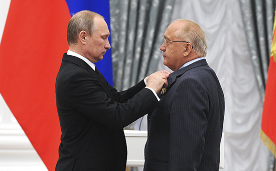 Госдума одобрила закон о бессрочных полномочиях ректоров МГУ и СПбГУ