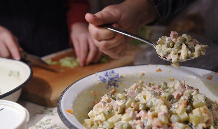 Продукты для салата оливье за год выросли в цене на 4,6%