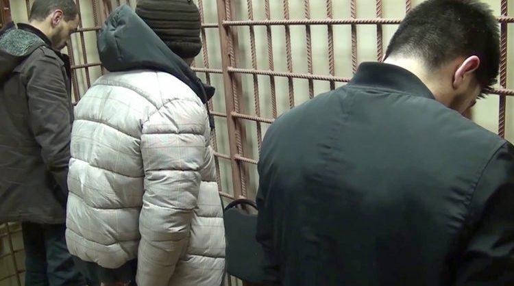 ФСБ задержала в Москве готовивших теракты членов ИГ