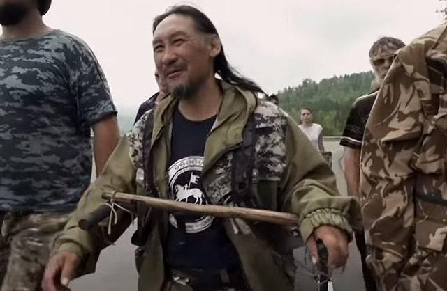 Якутского шамана опять задержали по пути в Москву