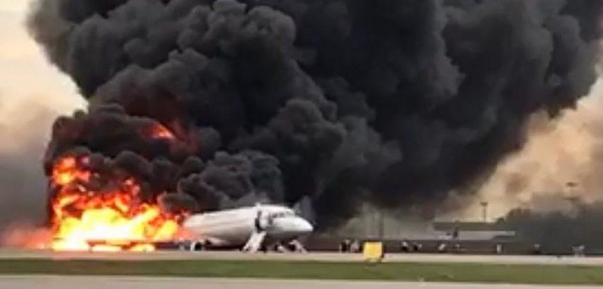 СК обвинил пилота в крушении SSJ100 в Шереметьево 5 мая