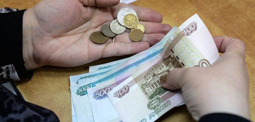 Госдума одобрила повышение МРОТ на 850 рублей