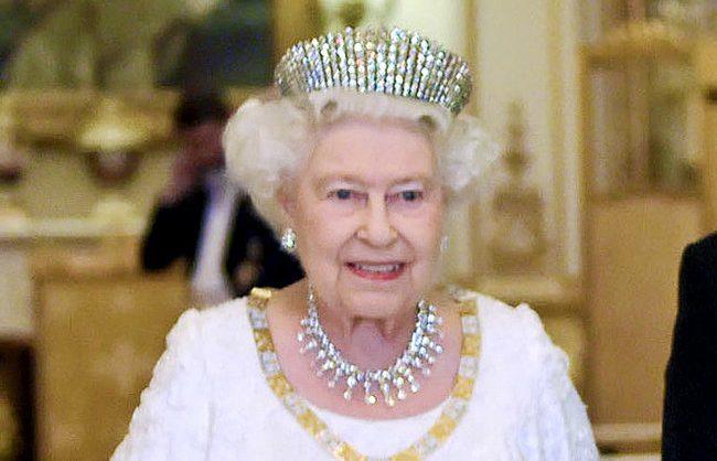 Королева ВеликобританииЕлизавета II подписала билль о Brexit