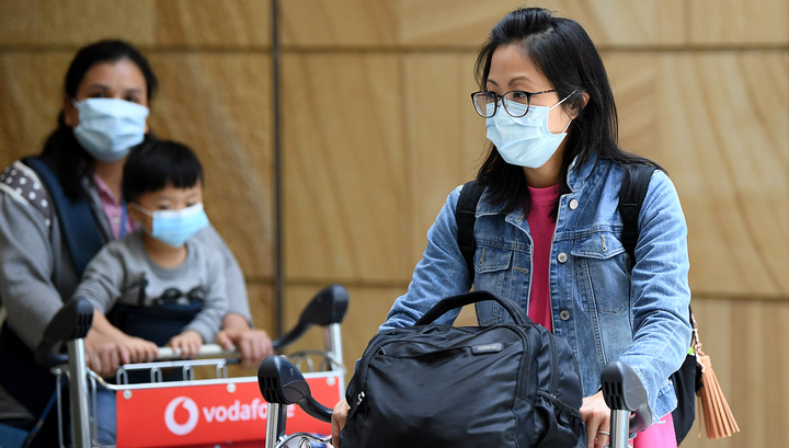 Число заболевших коронавирусом в Китае за сутки возросло на 444 человека