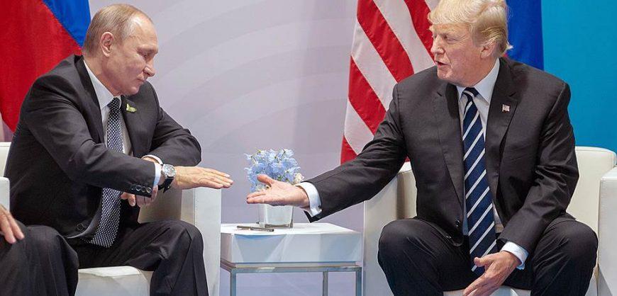В США демократы добиваются введения санкций против РФ и Путина из-за «вмешательства» в выборы Трампа