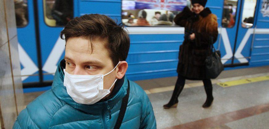 Роспотребнадзор предупредил о заражении коронавирусом через грязные руки и воду