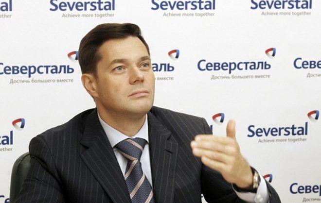 Глава «Северстали»раздал подчиненным по 10 тысяч рублей в качестве поддержки
