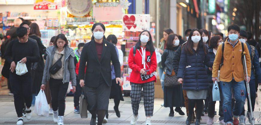 Власти Японии намерены ввести в стране режим ЧС на шесть месяцев