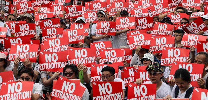 Власти Китая намерены усилить контроль над Гонконгом