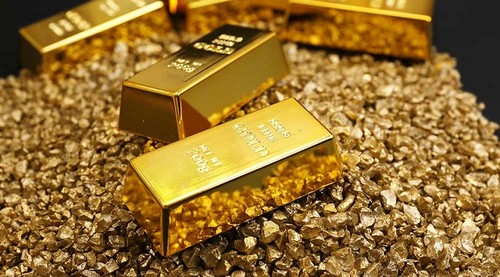 Цены на золото установили многолетний рекорд