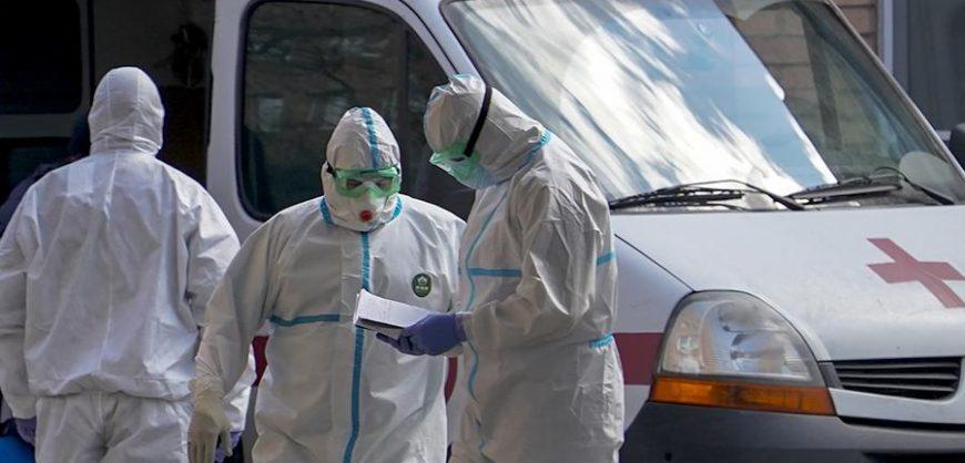 В России за сутки выявлено 8572 новых заболевших коронавирусом