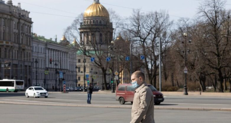 В Петербурге все введенные из-за коронавируса запреты продлили до 31 мая