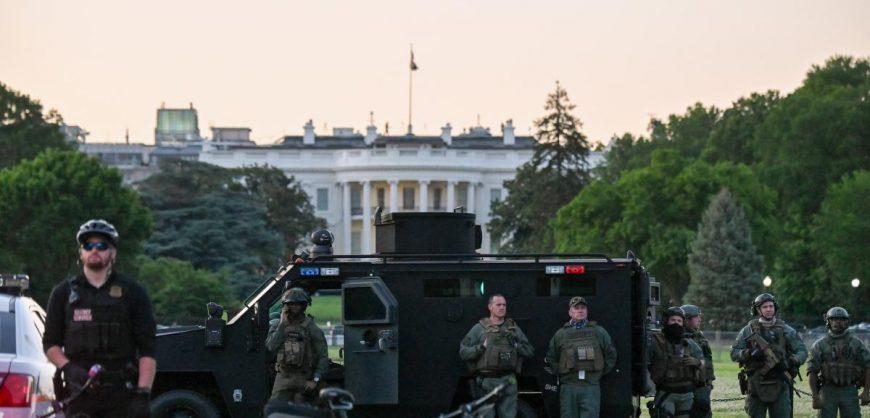 В Вашингтоне из-за протестов введен комендантский час и задействована нацгвардия