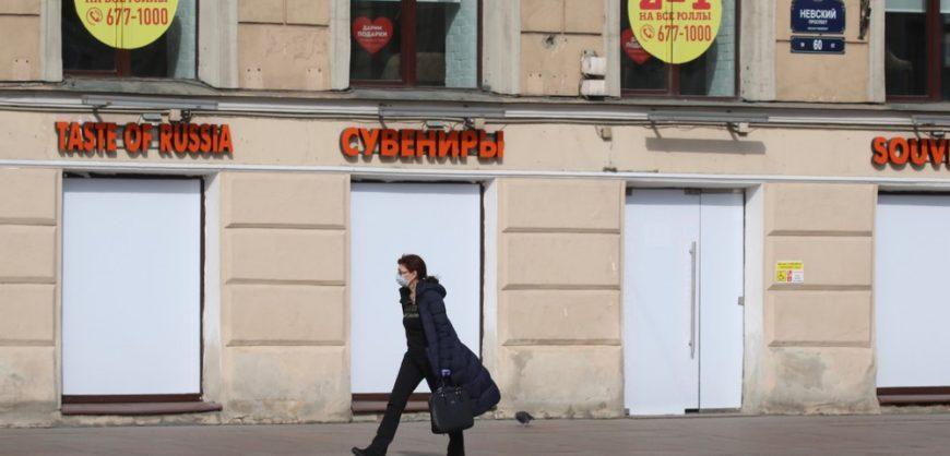 В Петербурге с 8 июня откроются магазины одежды и автосалоны