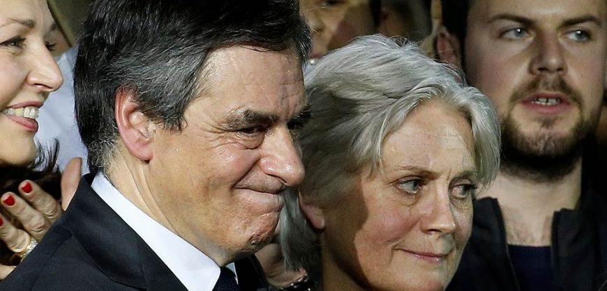 Экс-премьер Франции приговорён к 5 годам за растрату бюджета на «зарплату» жене