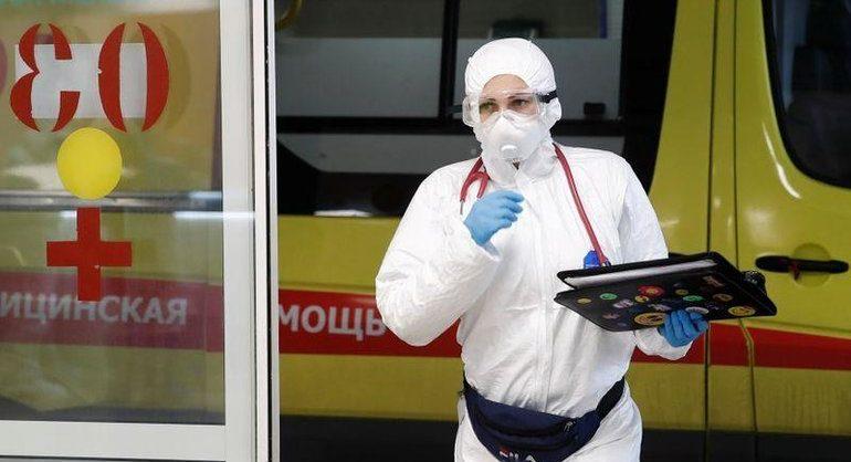 Опрос: большинство российских врачей не доверяют официальной статистике по коронавирусу
