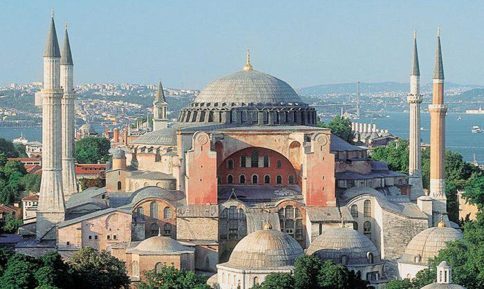 Эрдоган намерен вновь превратить Святую Софию в мечеть