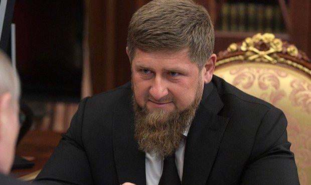 Кадыров возложил вину за убийство критикующих его блогеров на западные спецслужбы