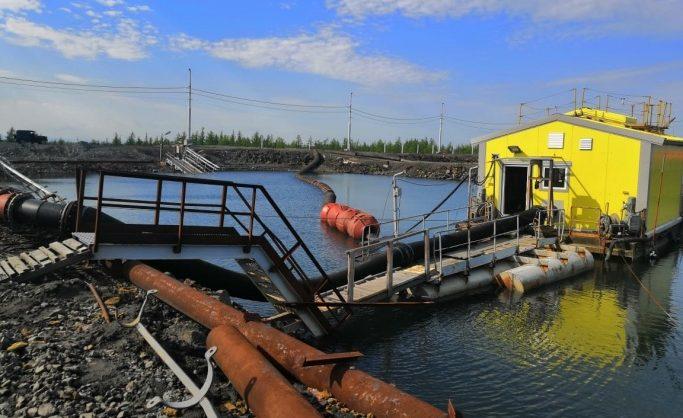 «Норникель» сообщил о почти 45 тоннах разлившегося на Таймыре авиатоплива
