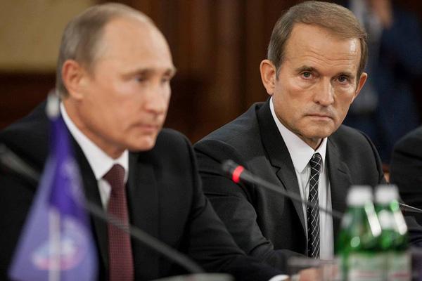 Зеленский заявил о финансировании Россией украинской оппозиционной партии Медведчука