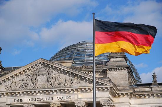 Минздрав Германии усомнился в российской вакцине от коронавируса