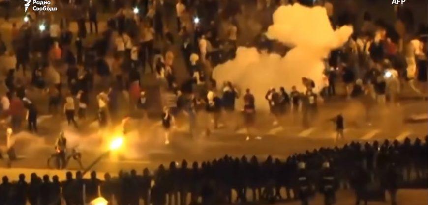 Протесты в Белоруссии: водометы, гранаты, сотни задержанных и неизвестное число пострадавших