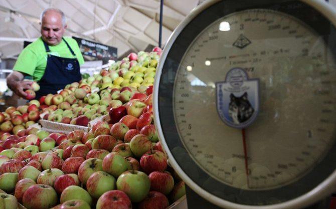 В России на треть подорожали яблоки