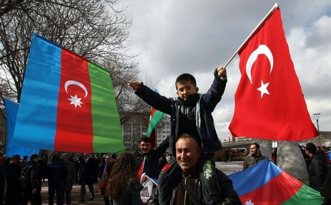 Турция пообещала «использовать все возможности» для поддержки Азербайджана в военном конфликте с Арменией
