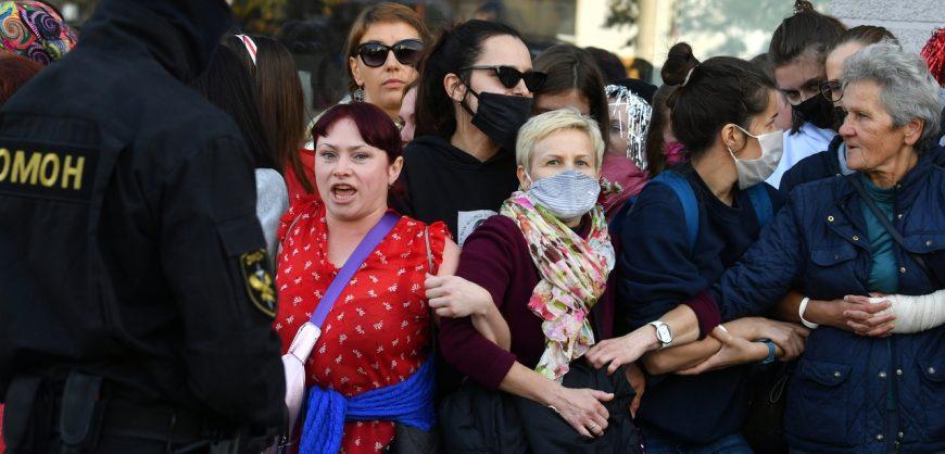 В Минске на женском марше протеста против Лукашенко задержаны более 250 участниц