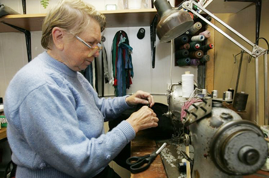 Минфин отказался индексировать пенсии работающим пенсионерам