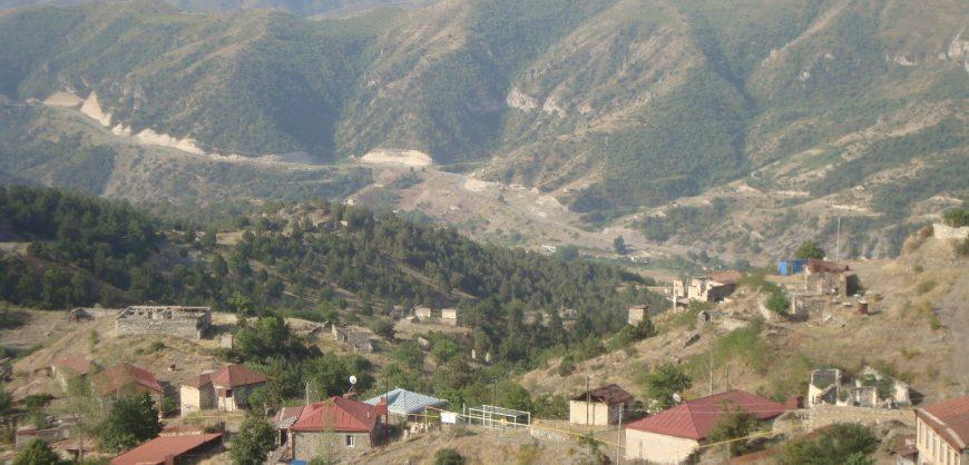 Путин допустил возможность передачи Азербайджану семи районов, занятых Арменией