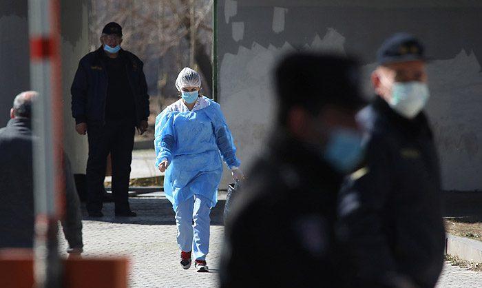 В России за сутки выявили рекордные 17 340 новых случаев коронавируса