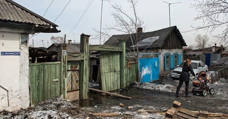 Путин пообещал в два раза сократить уровень бедности в России