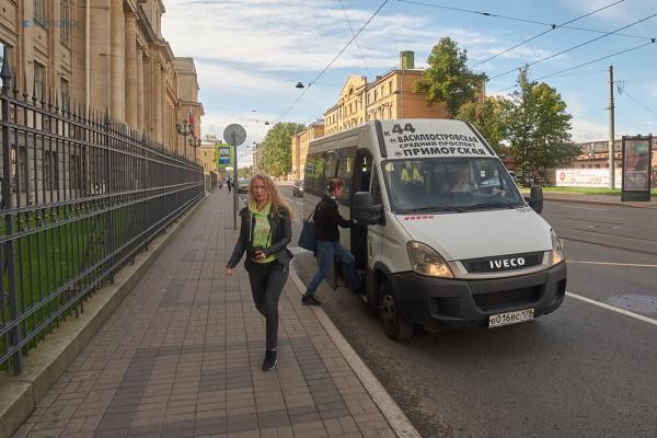 В Петербурге подорожал проезд на маршрутках