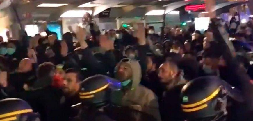 В Ницце националисты вышли на марш протеста против ислама