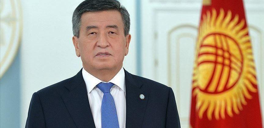 Президент Киргизии решил уйти в отставку, чтобы «не остаться в истории как стрелявший в сограждан»