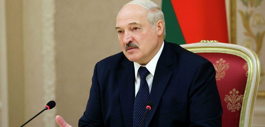 Лукашенко пообещал «не работать президентом» после принятия новой конституции