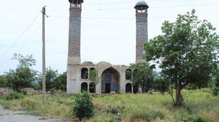 Алиев: Азербайджан планировал военную операцию по взятию Агдама