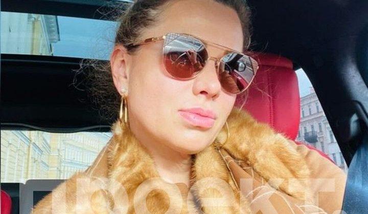 «Проект» опубликовал расследование о внезапно ставшей миллиардершей петербурженке и ее дочери, «феноменально» похожей на Путина