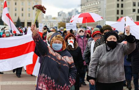 В Минске проходит очередной марш пенсионеров против Лукашенко