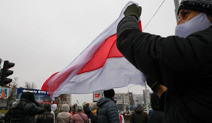 В Беларуси на воскресных акциях протеста против Лукашенко задержаны более 160 человек