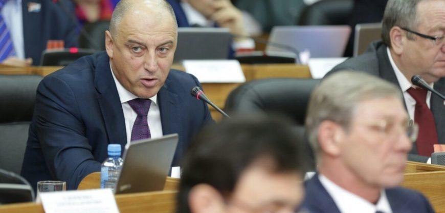 У депутата-единороса конфисковали «золотые» активы на 38 миллиардов рублей