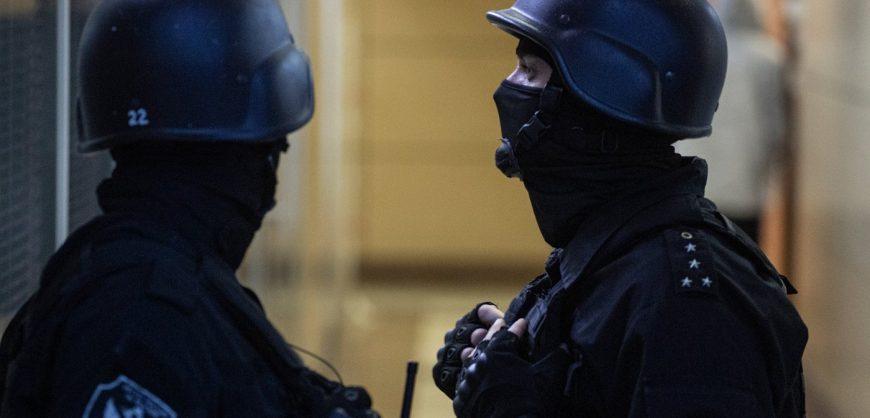 В квартиру Навального, к его сторонникам и в офис ФБК пришли с обысками