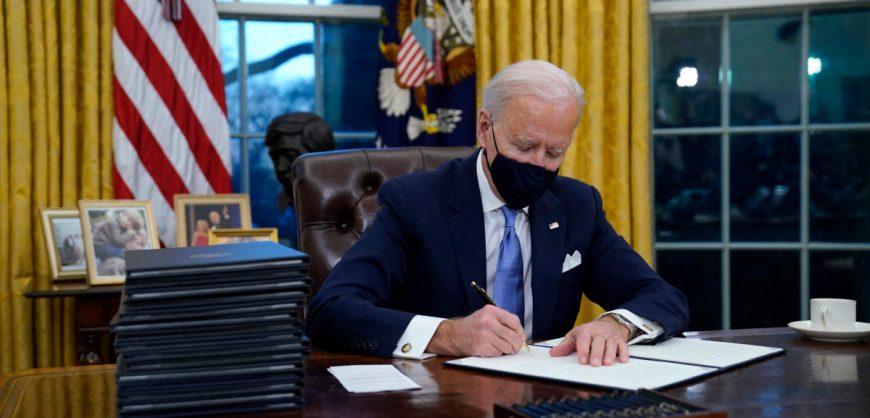 Байден вернул США в ВОЗ и Парижское соглашение по климату. 20 января он объявил национальным днем единства
