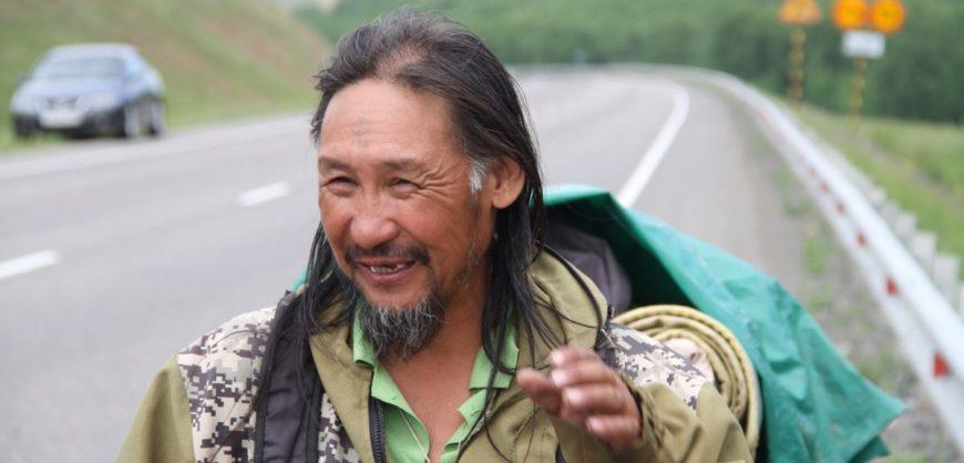 Объявившего о новом «походе на Москву» шамана Габышева принудительно увезли в психдиспансер